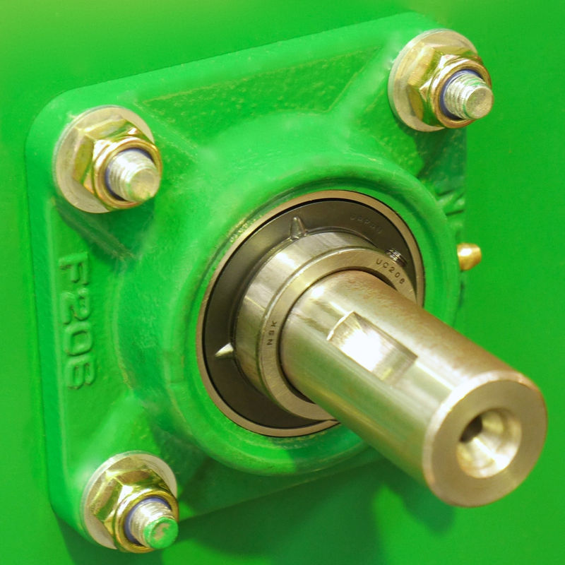 CMS80F CMS80 features 40mm shaft tappered to 30mm with NSK Bearings