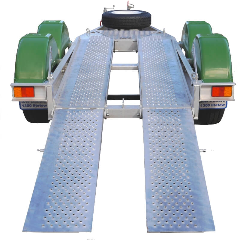 Red Roo ATA2 Aluminium Trailer Ramps ready for loading