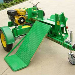 250kg Hydraulic Lifting Table at Loading and Unloading Position