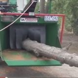 750Xtreme Drumstyle Woodchipper working with Mcleod Trees